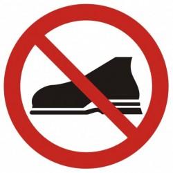 GB009 Zakaz wejścia w obuwiu zewnętrznym