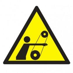 GE017 Uwaga ! Ruchome elementy