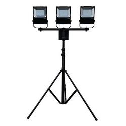 Maszt oświetleniowy LED 3x60W